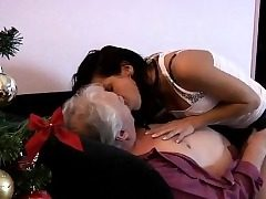 Wifey with dildo in pussy and dick in ass Bruce a messy old b